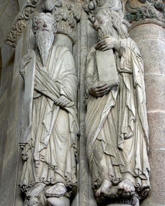 sculpture of prophets Hosea and Joel